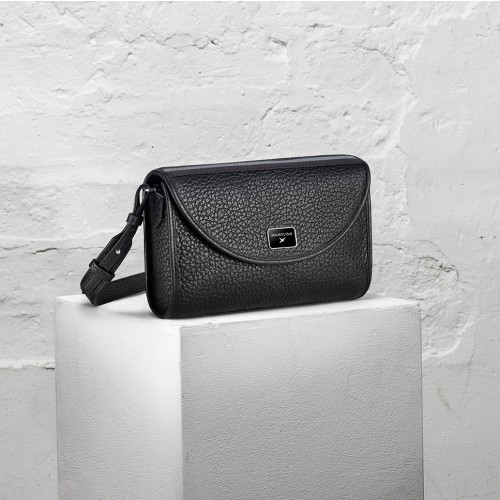 Je t'attends, je t'aime N°1 grained leather crossbody bag